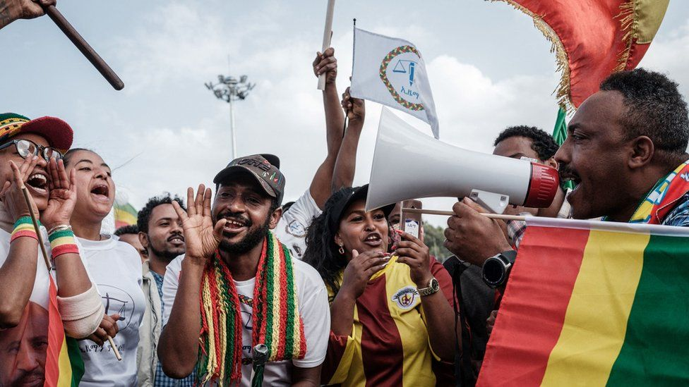 Supporters of Ethiopian Citizens for Social Justice (EZEMA) opposition party