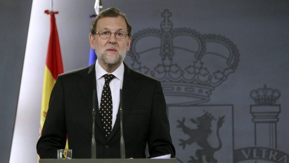 Spain's acting Prime Minister Mariano Rajoy speaks during a press conference held at La Moncloa palace, in Madrid (10 January 2016)