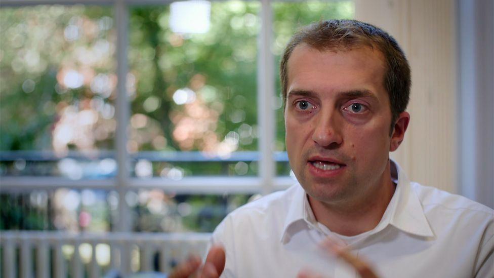 Prof Sebastian Crutch