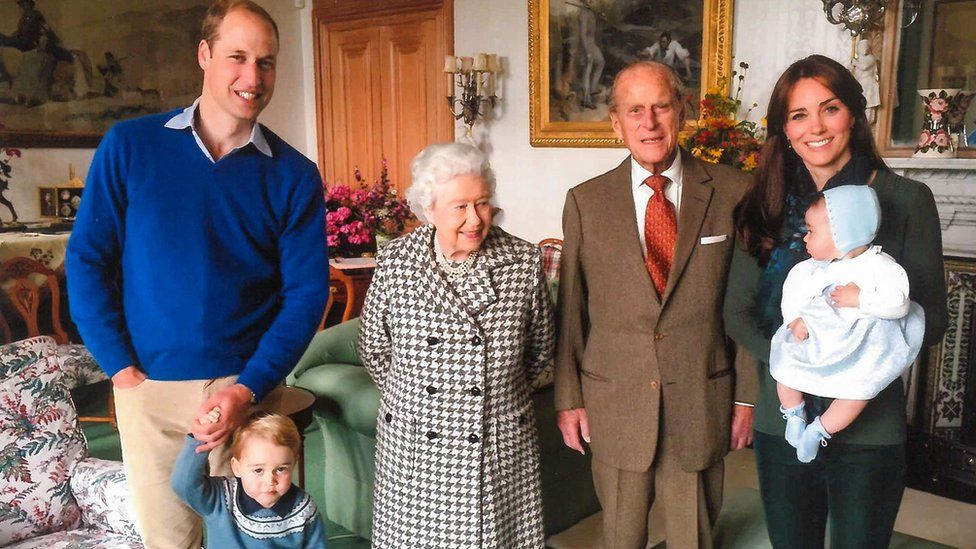 The Duke and Duchess of Cambridge with Prince George, Princess Charlotte, the Queen and the Duke of Edinburgh at Balmoral