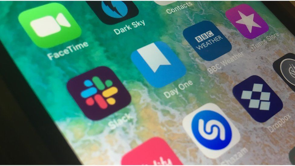 Slack: Shares surge as messaging app joins the stock market - BBC News