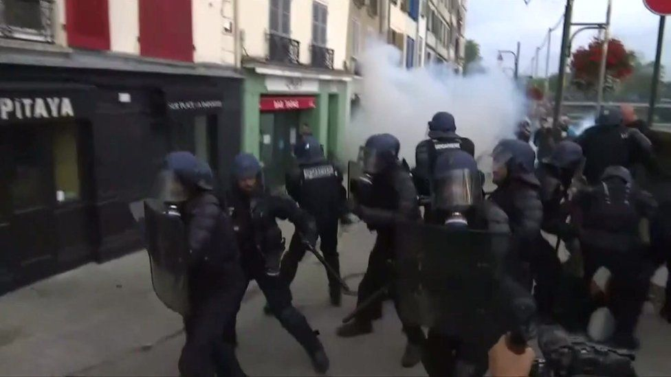 Bayonne protest