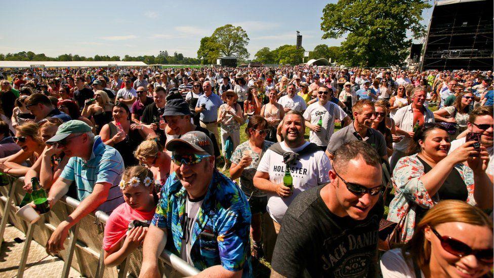 Biggest Weekend crowds at Scone Palace