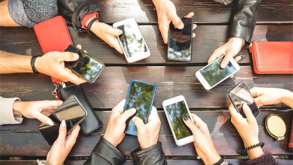 Seu celular está realmente te espionando?