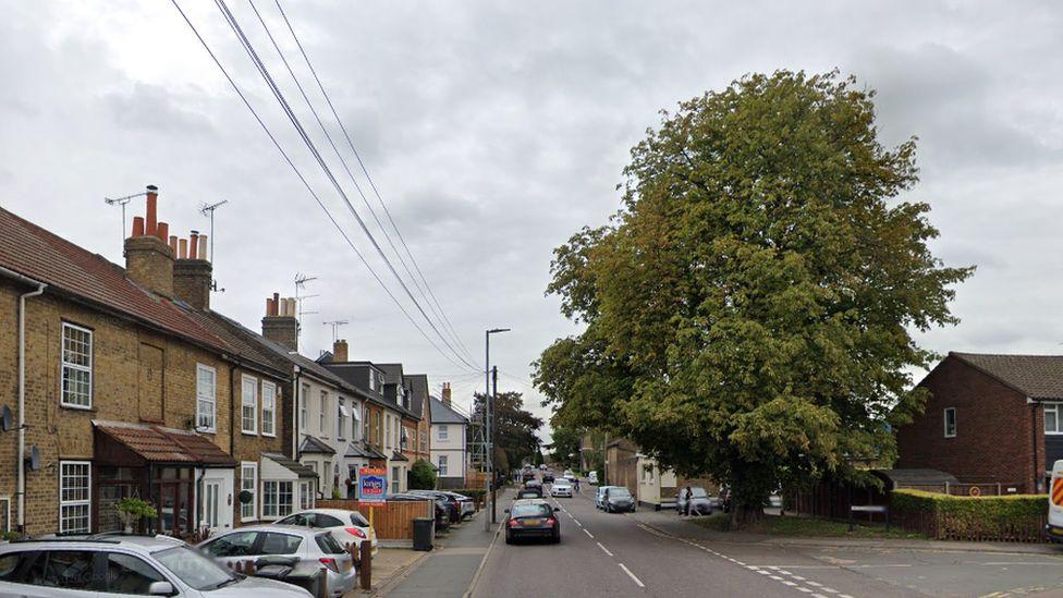 Farm Hill Road, Waltham Abbey