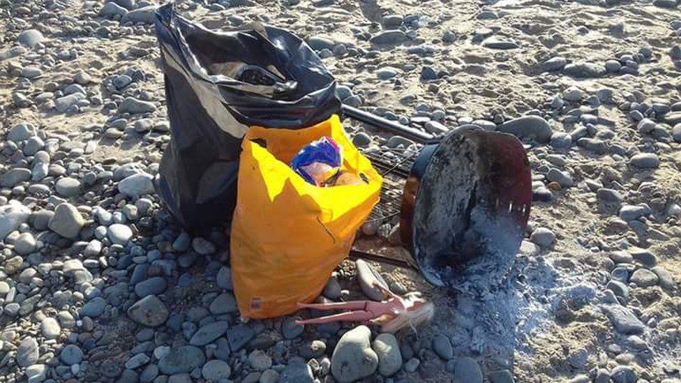 Rubbish found on Barmouth beach