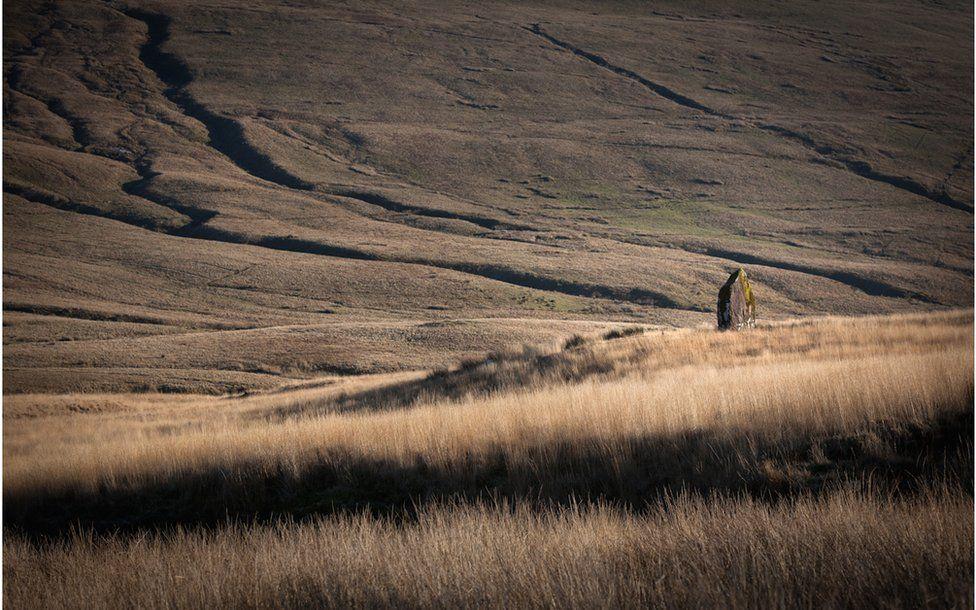 Maen Llia, Ystradfellte, Powys