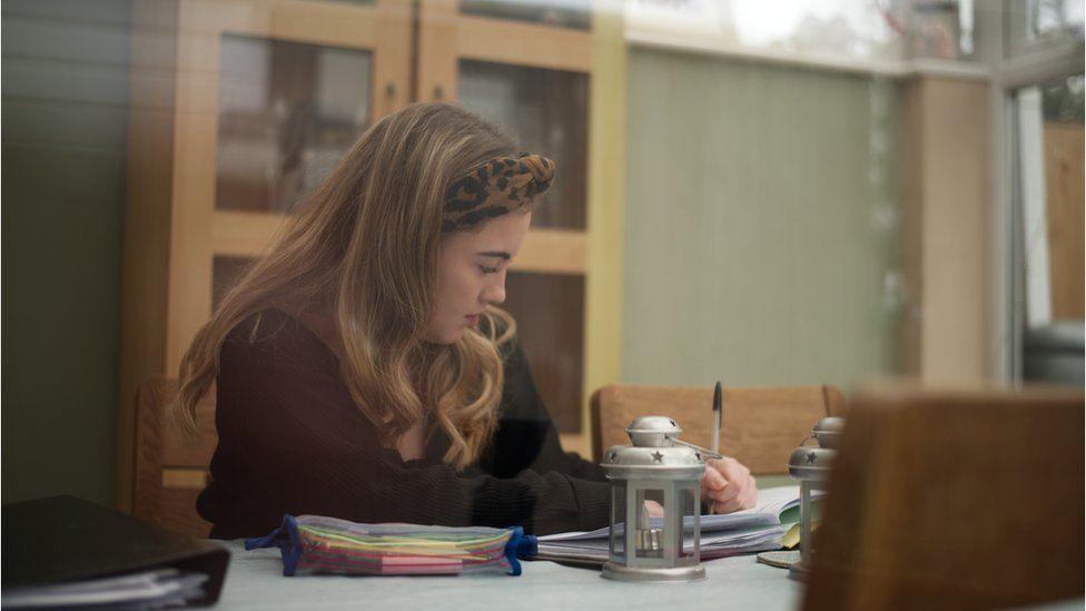 Niamh Hodgkinson at study