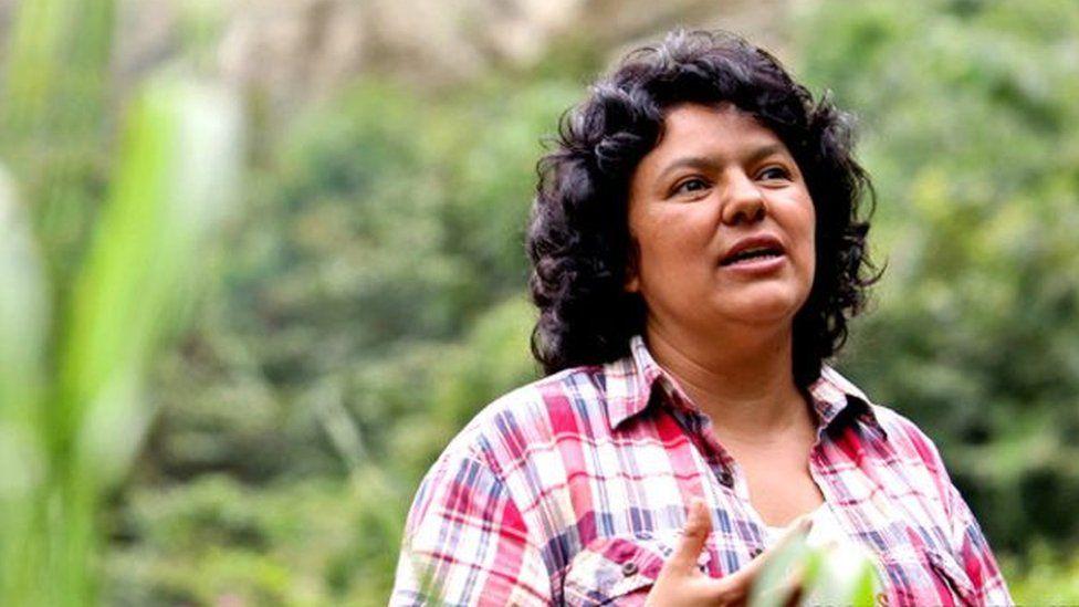 Berta Cáceres: tribunal de Honduras halla culpables a 7 hombres por el asesinato de la ambientalista
