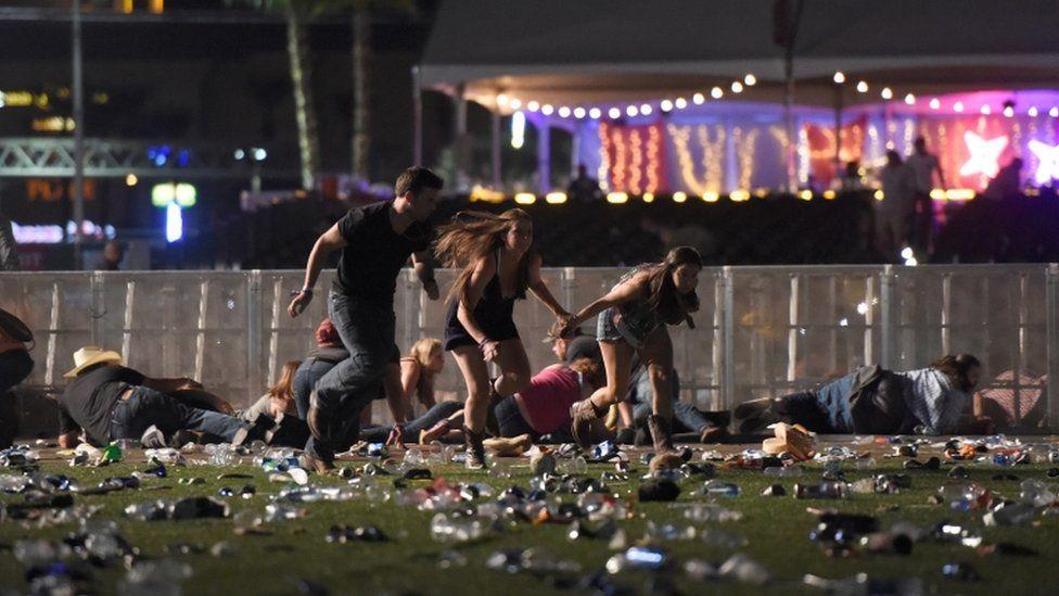 Ataque em Las Vegas: o que se sabe sobre o mais letal tiroteio da história dos EUA
