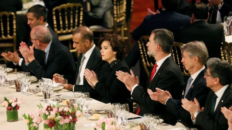 Spain's King Felipe (3rd right) at the welcome dinner of the Mobile World Congress in Barcelona. Photo: 25 February 2018