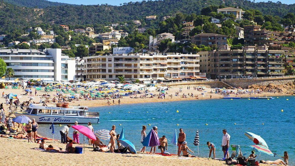 Holidaymakers on Spanish beach