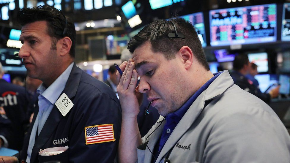 traders in new york react to Brexit vote