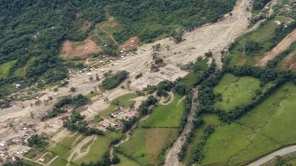 Aerial photo showing trail of landslide in Colombia - 1 April 2017