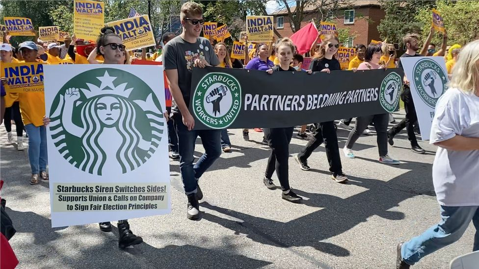 Starbucks Workers United campaigners