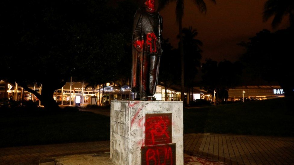 A vandalised statue of Christopher Columbus in Downtown Miami, Florida