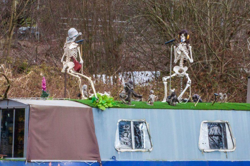 Skeleton crews