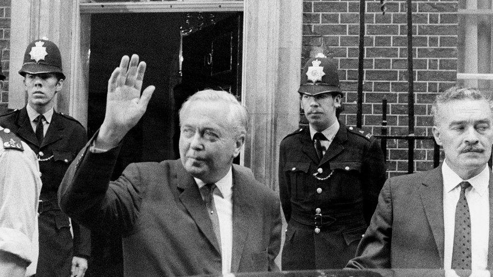 Harold Wilson leaves Downing Street
