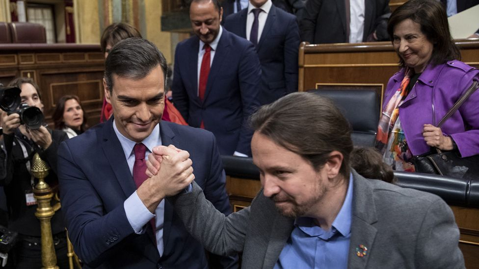 Pedro Sánchez clinches victory with Podemos leader Pablo Iglesias, 7 Jan 20