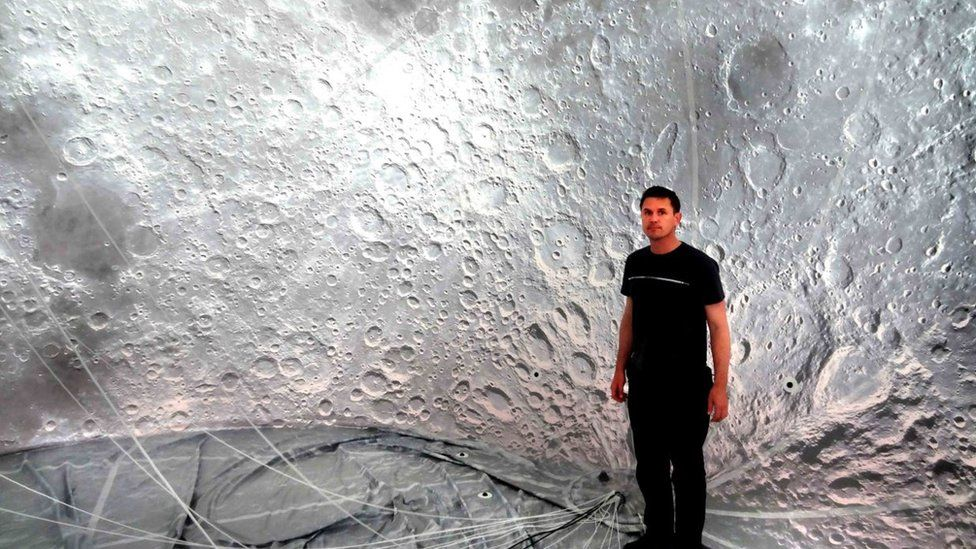 Luke Jerram and the Museum of the Moon
