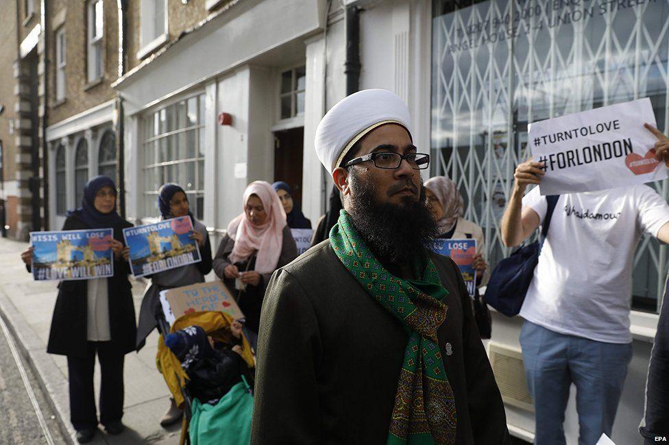London Fatwa Council march