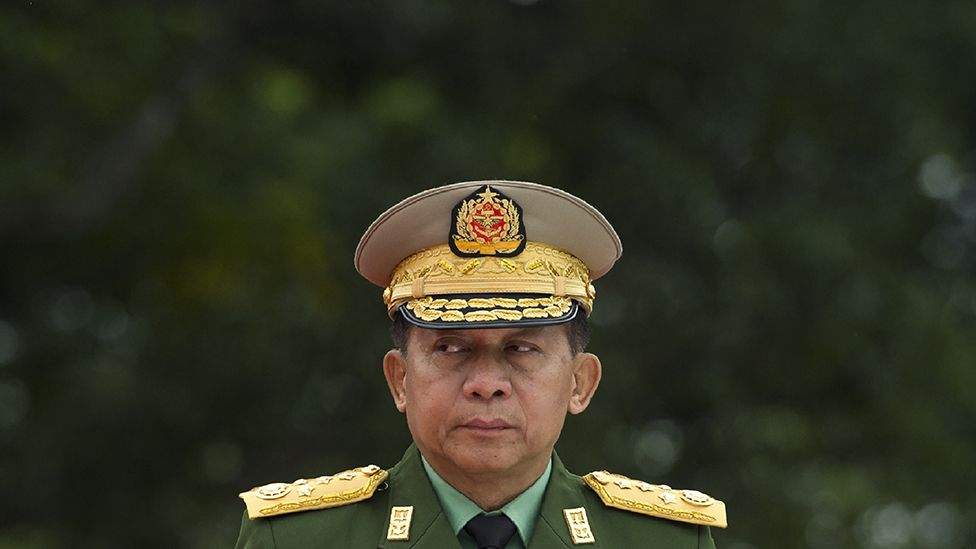 Min Aung Hlaing, difoto pada tahun 2018