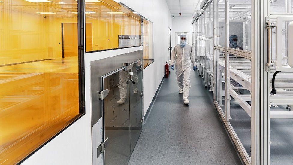 Saule Technologies lab