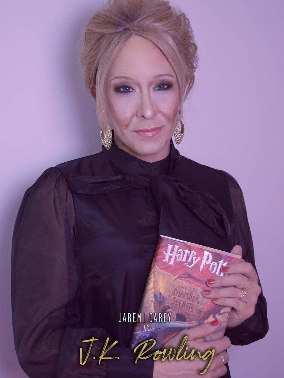 Jaremi Carey as JK Rowling