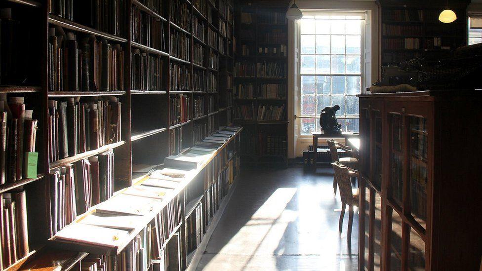 Leeds Library