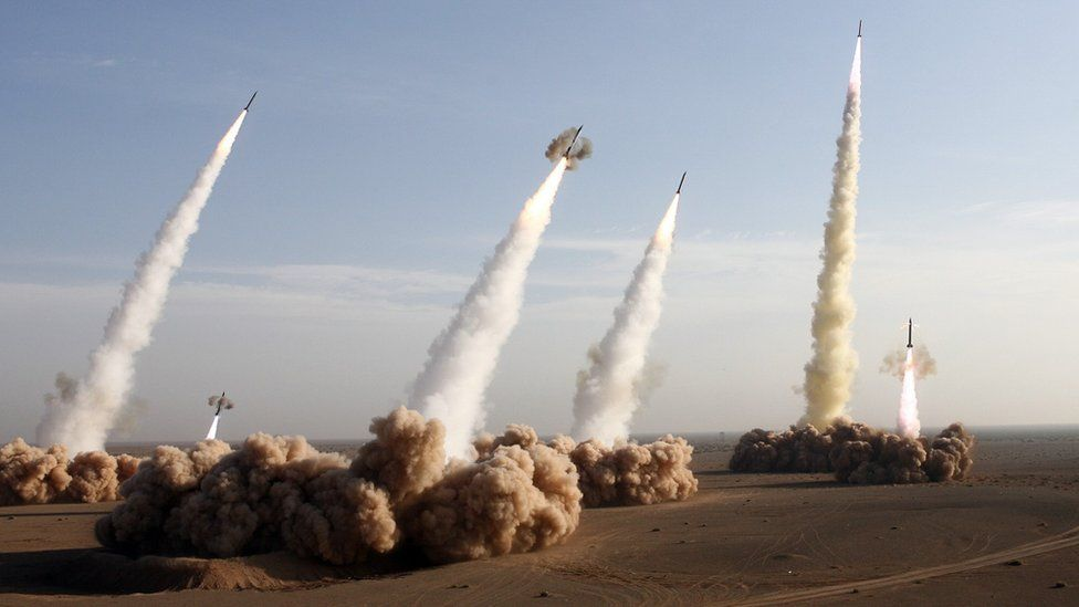 IRGC units fire Shahab-2 long-range ballistic missiles during an exercise in the desert near Qom on 2 November 2006