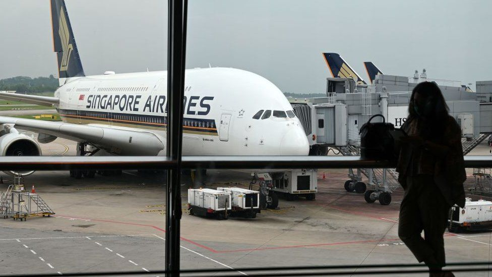 Singapore to allow quarantine-free travel for UK and other nations thumbnail