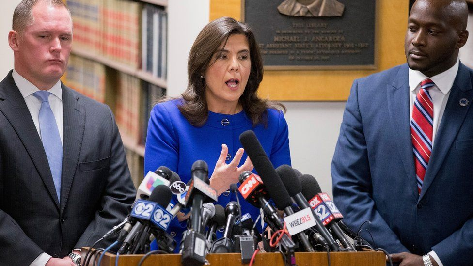 Cook County State Attorney Anita Alvarez announces charges for Jason Van Dyke