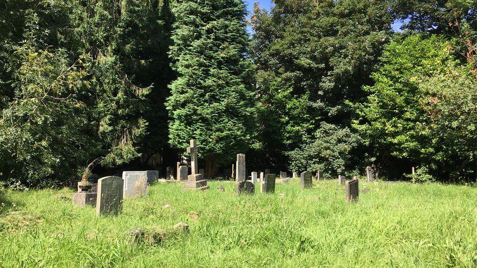 Llandaff cemetery