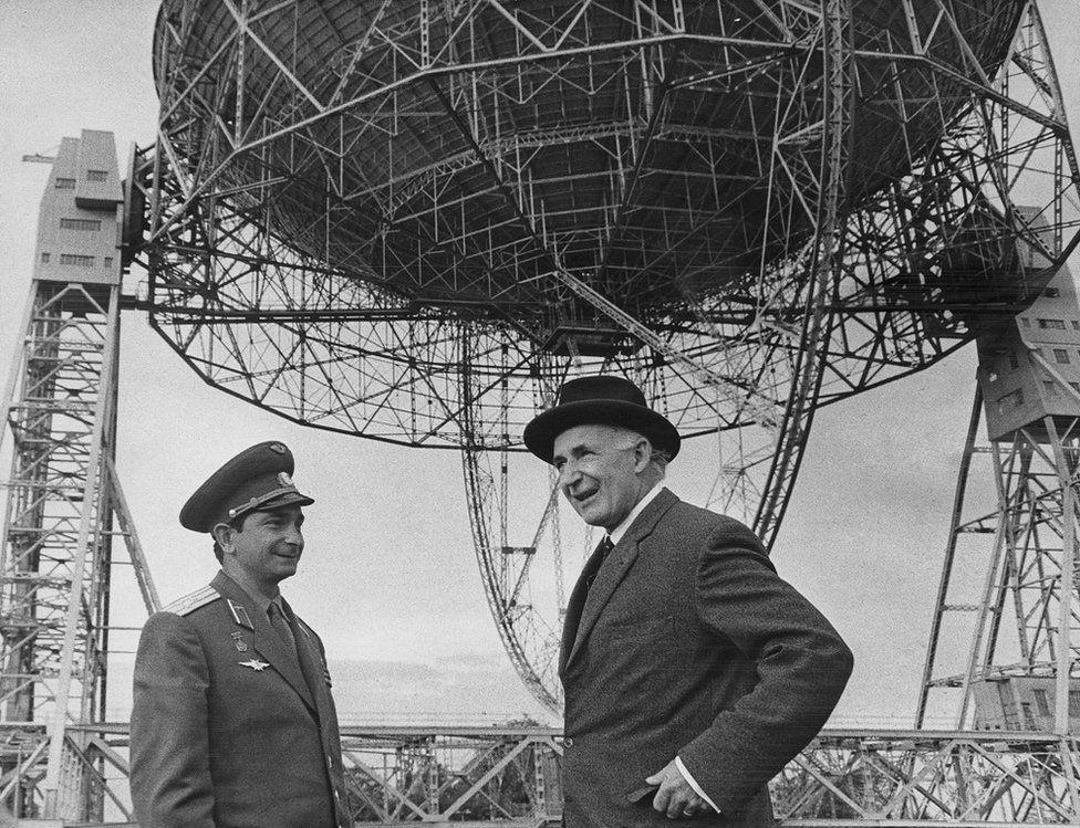 Soviet cosmonaut Valery Bykovsky with Sir Bernard Lovell in 1967