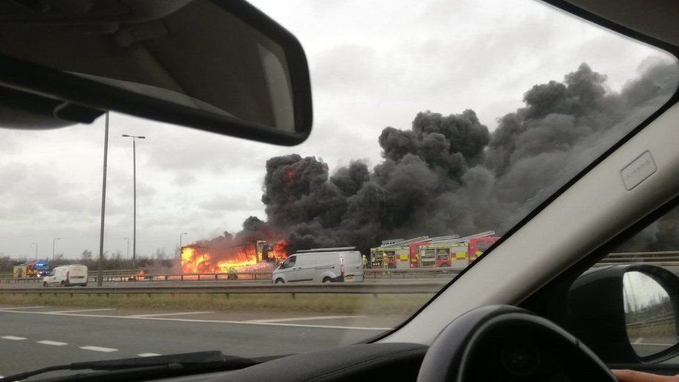 Lorry fire on the M1
