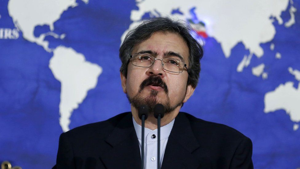 Foreign ministry spokesman Bahram Qasemi speaks to reporters in Tehran (22 August 2016)