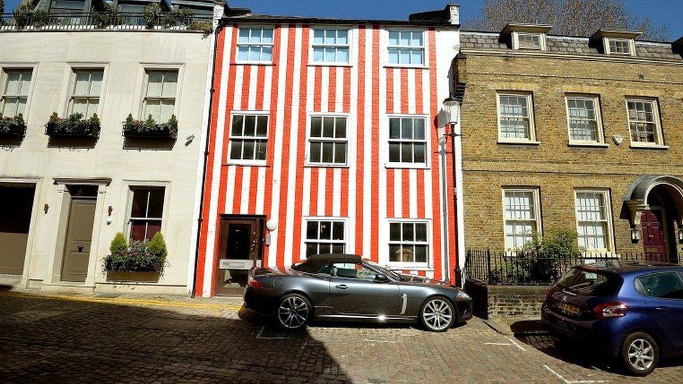 Striped townhouse in Kensington
