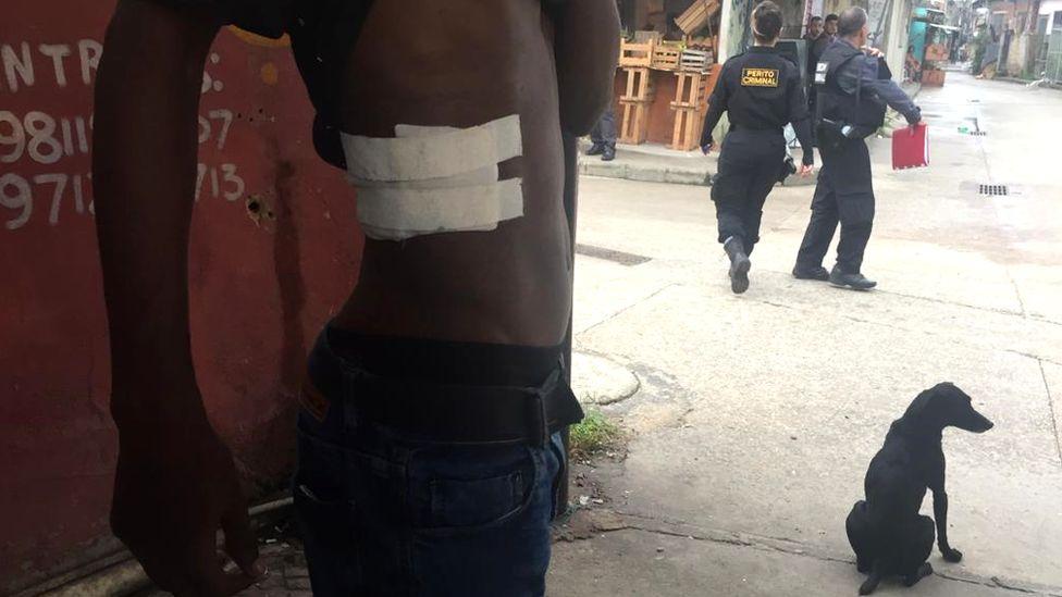 Snipers são investigados por suspeita de 'tiro ao alvo' contra moradores de favela no Rio