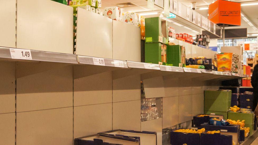 Bare shelves in Iasi, Romania, 26 Feb 20