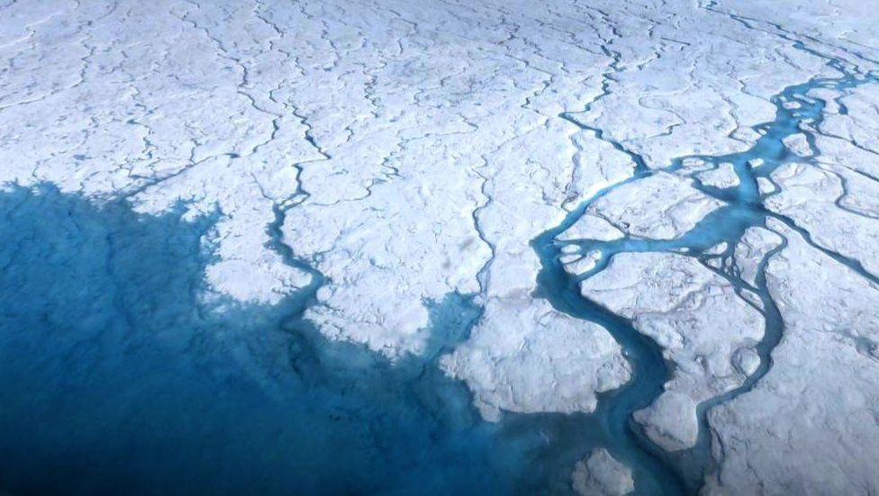 Greenland Ice Sheet: 'More than 50 hidden lakes' detected