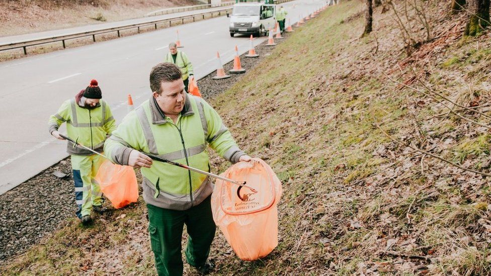 Litter picking on the A40 in Monmouthshire