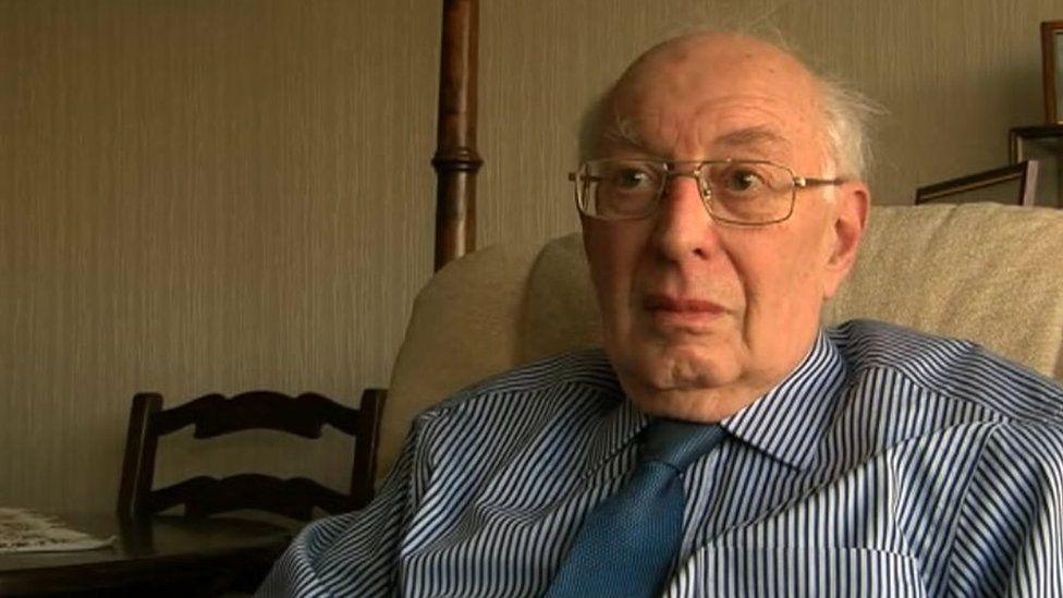 David Gwyn John, yr hanesydd lleol.