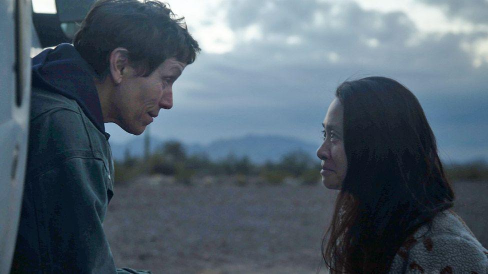 Frances McDormand and Chloe Zhao on the set of Nomadland