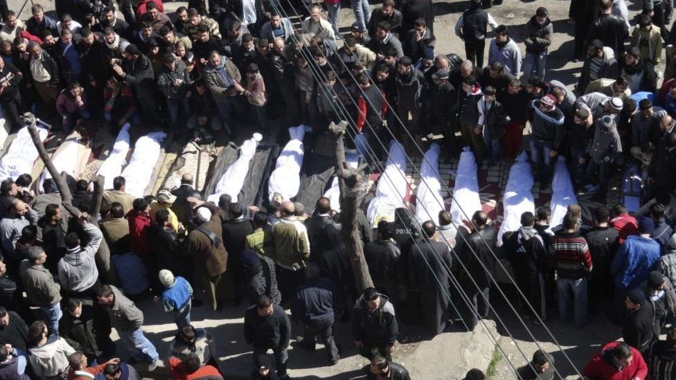 Mass funeral for anti-government protesters in Khalidiya, Homs (26 February 2012)