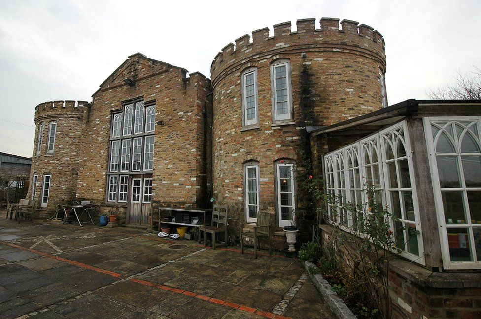 The outside of the castle