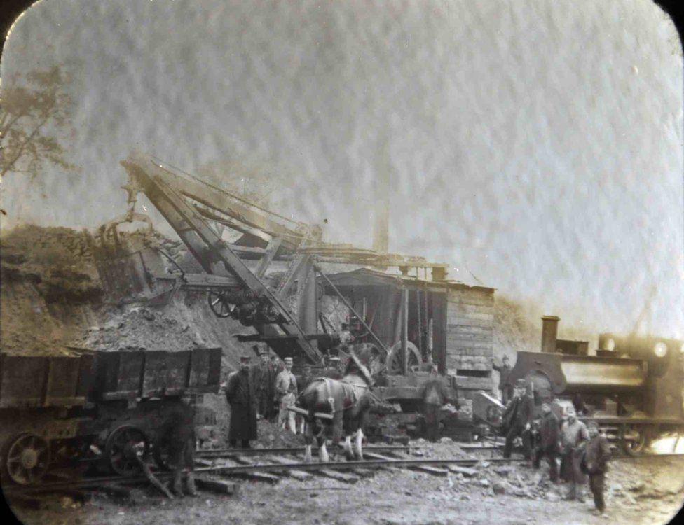 Old photos show Katrine aqueduct being built - BBC News