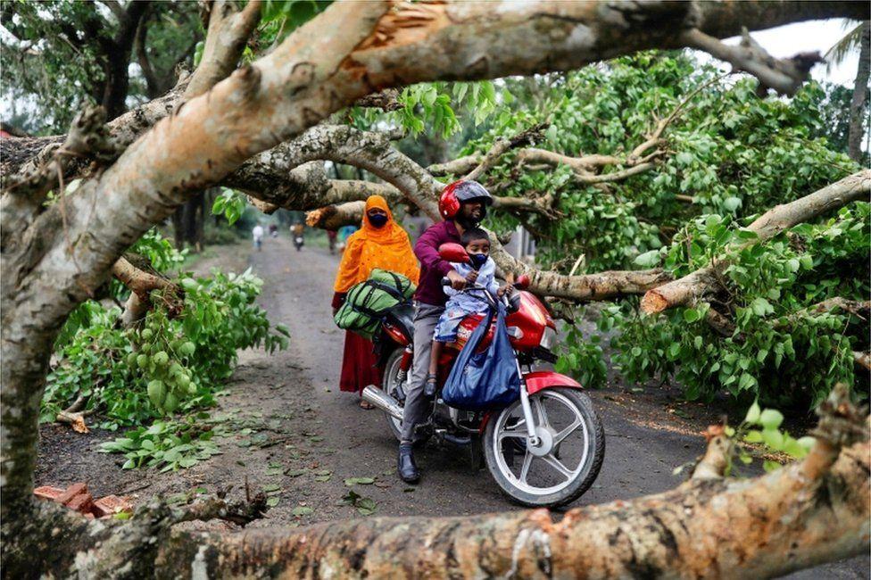 cyclone bangladesh