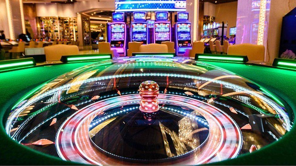 Crackdown fears send Macau casino shares on a losing streak - BBC News