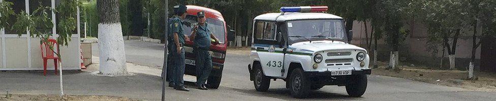 Police outside the Tashkent hospital where Islam Karimov was being treated, 29 August