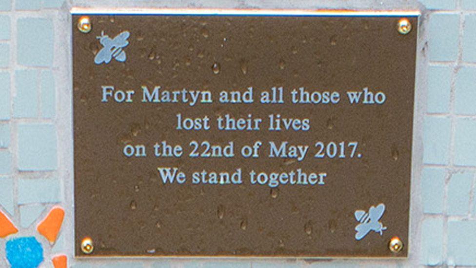 Plaque on memorial bench